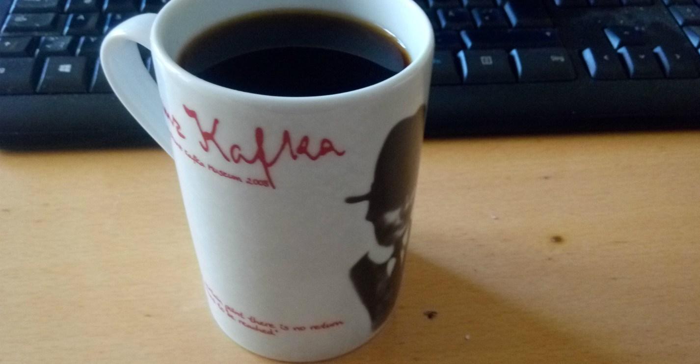 computer-kaffee-und-kafka.jpg